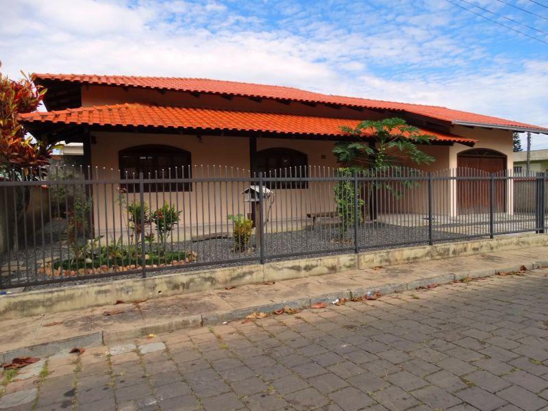 Cadin Imóveis - Venda - Casa - Gravatá - Navegantes - R$ 450.000,00