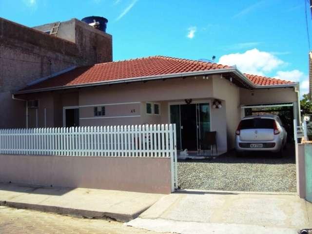 Cadin Imoveis - Venda - Casa - Gravatá - Navegantes - R$ 420.000,00