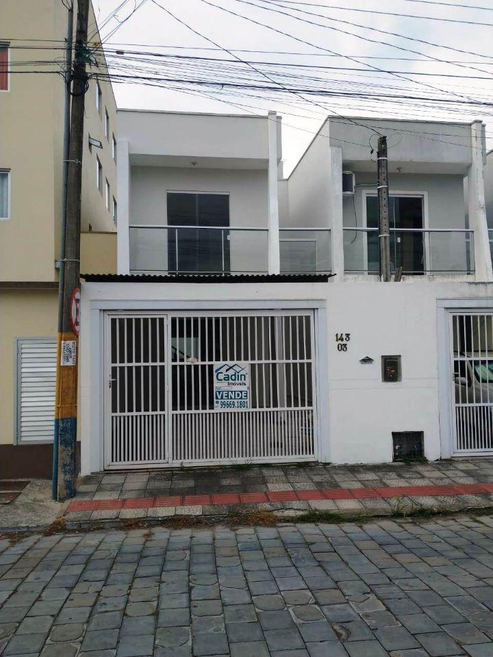 Cadin Imóveis - Vende - Sobrado - Centro - Navegantes - R$260.000,00