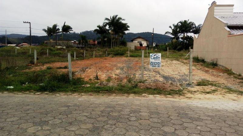 Cadin Imóveis - Vende - Terreno - Gravata - Navegantes - R$185.000,00
