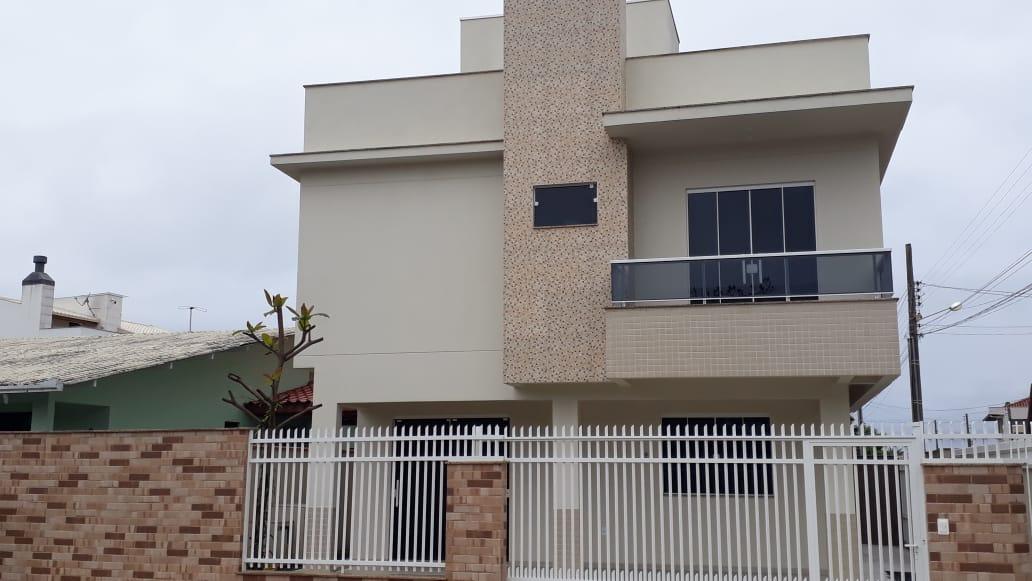 Cadin Imoveis - Vende - Casa Sobrado - Navegantes  - Centro- R$ 490.000,00
