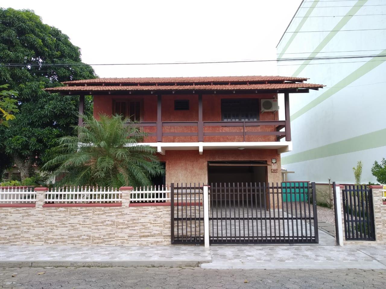 Cadin Imoveis - Vende - Casa - Gravata - Navegantes - R$450.000,00
