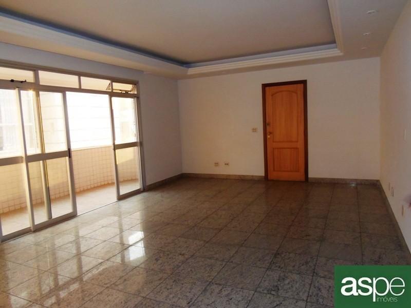 Apartamento para aluguel em Funcionários