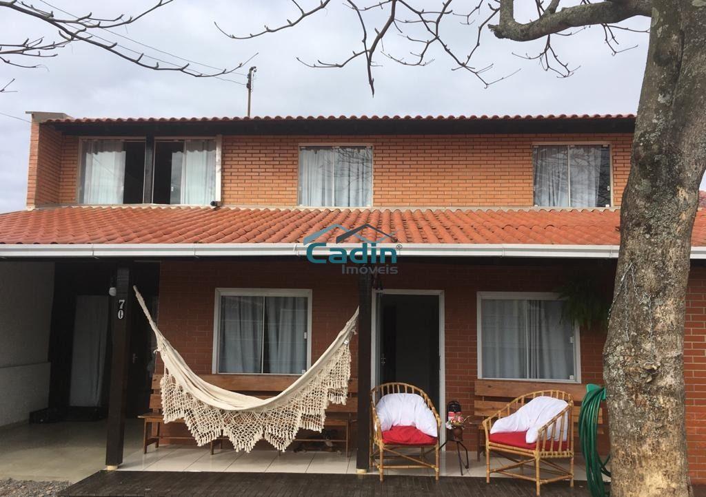 Casa semi mobiliada 100m mar Meia Praia Navegantes