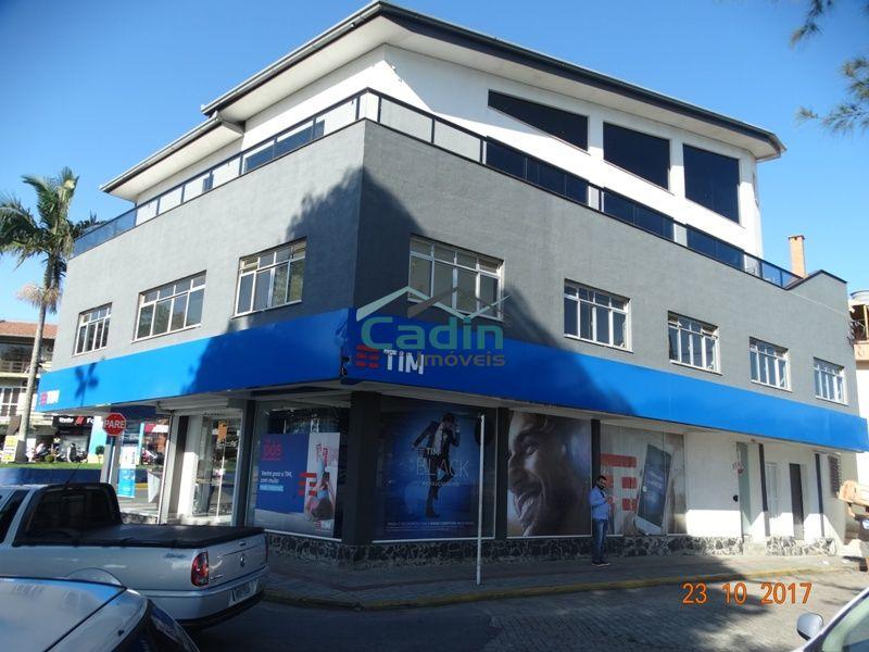 Sala Comercial 47m² - Frente para Ferry - Centro Navegantes