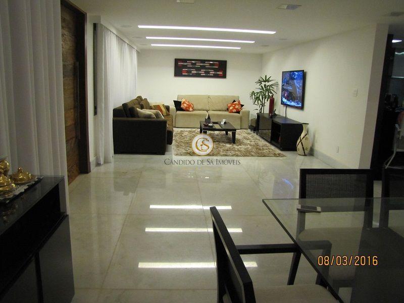 Ampla sala dividida em 3 ambientes com piso em mármore - 4250