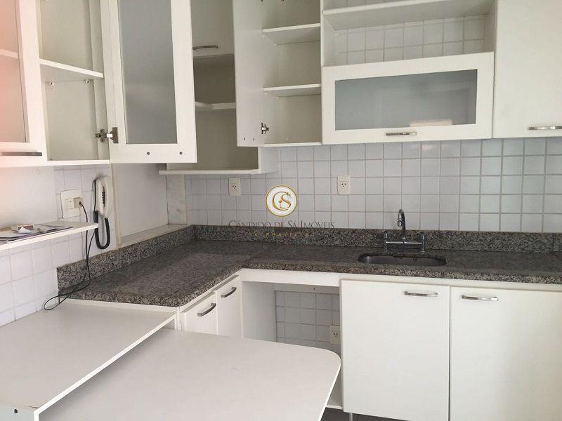Cozinha com armários - 7255