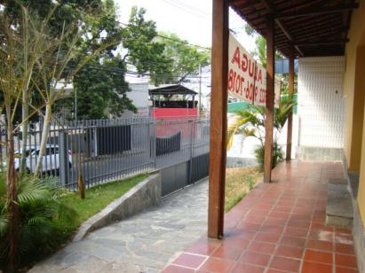 Casa comercial   São Pedro (Belo Horizonte)   R$  5.900,00