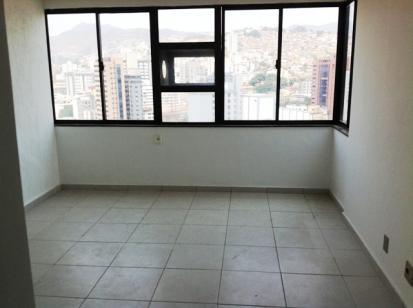 Sala   Santa Efigênia (Belo Horizonte)   R$  700,00