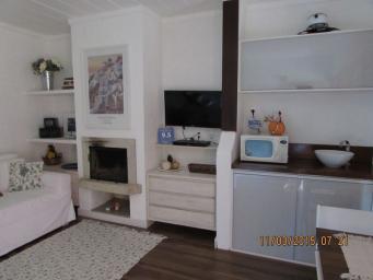 Flat   Araras (Petrópolis)   R$  460.000,00