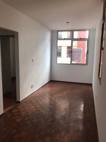 Apartamento   Colégio Batista (Belo Horizonte)   R$  900,00