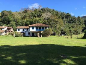 Fazenda   Zona Rural (Santana Dos Montes)   R$  2.000.000,00