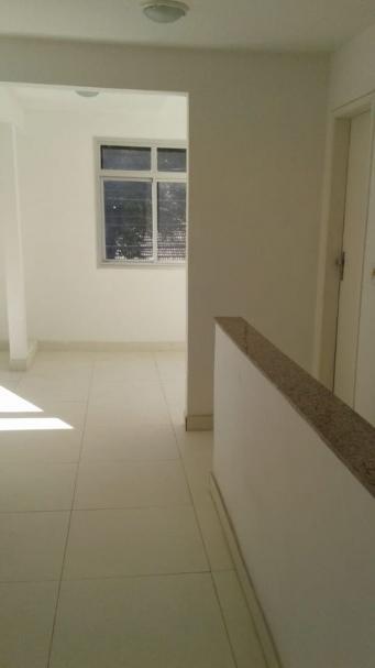 Sala   Centro (Vila Velha)   R$  1.350,00