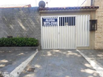 Casa   Centro (Vila Velha)   R$  3.500,00