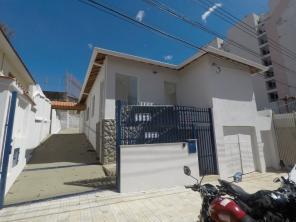 Casa comercial   Vila Pinto (Varginha)   R$  5.800,00