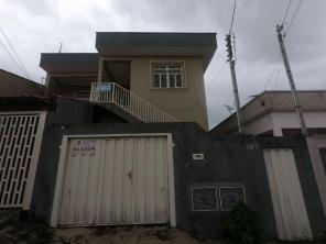Casa   Parque Boa Vista (Varginha)   R$  1.100,00