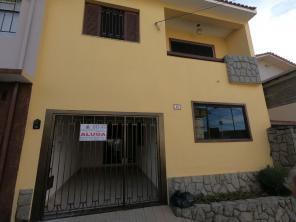 Casa   Vila Martins (Varginha)   R$  1.250,00