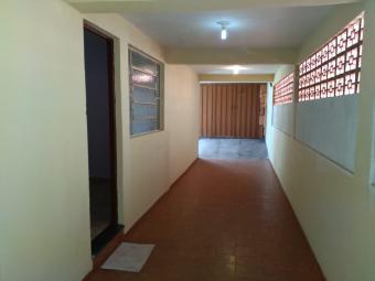 Casa   Conjunto Água Branca (Contagem)   R$  1.500,00