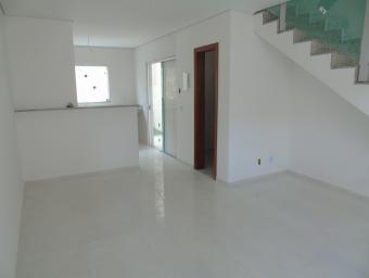 Casa   Masterville (Sarzedo)   R$  230.000,00