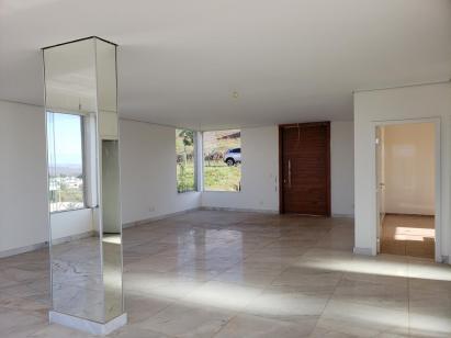 Casa em condomínio   Alphaville - Lagoa Dos Ingleses (Nova Lima)   R$  1.400.000,00