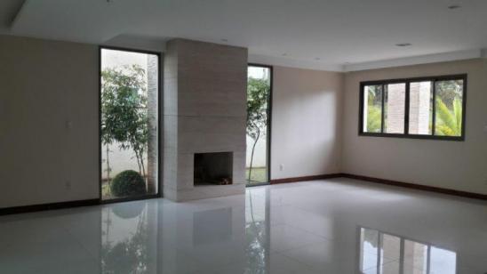 Casa em condomínio   Alphaville - Lagoa Dos Ingleses (Nova Lima)   R$  1.655.000,00