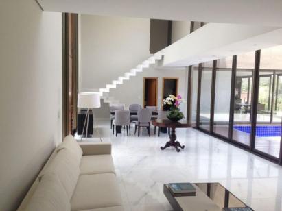 Casa   Alphaville (Nova Lima)   R$  2.700.000,00