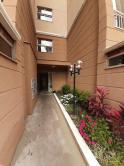 Apartamento com área privativa - Santa Mônica R$ 1.400,00
