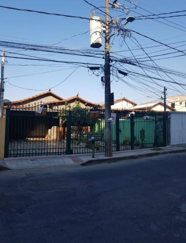 Casa   Ouro Preto (Belo Horizonte)   R$  3.300,00