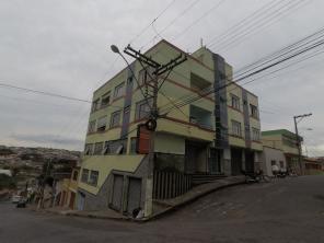 Apartamento   Centro (Varginha)   R$  990,00