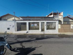 Casa   Pinheiros (Varginha)   R$  1.500,00