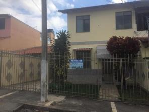 Casa   Pinheiros (Varginha)   R$  850,00