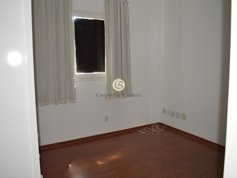 Quarto com piso madeira laminada - 2117