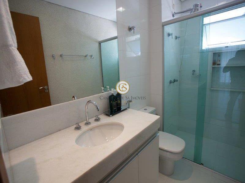 Banheiro com armários - 2995