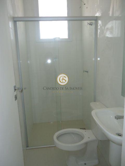 Banheiro social com box e pia