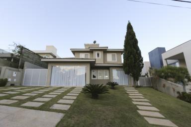 Casa em condomínio   Alphaville - Lagoa Dos Ingleses (Nova Lima)   R$ 1.640.000,00