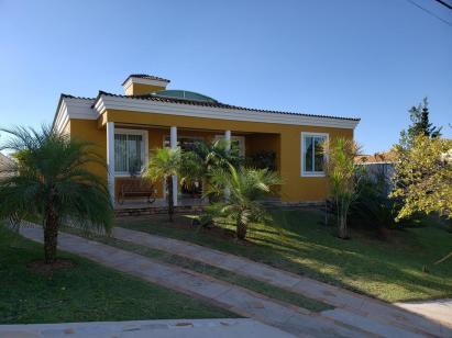 Casa   Alphaville (Nova Lima)   R$  1.370.000,00